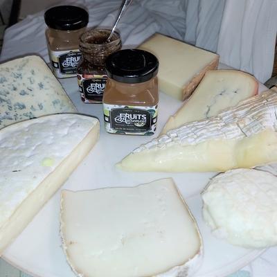 """plateau de fromage """"entre amis"""""""
