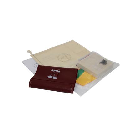 """Box """"Atelier Création"""" de portefeuille en cuir bordeaux"""