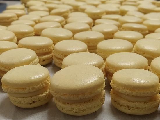 Macarons maison à la pièce parfums au choix