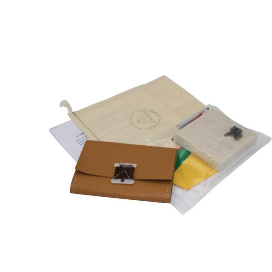 """Box """"Atelier Création"""" de portefeuille en cuir beige"""